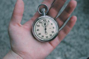 regarder main l'horloge temps heure jauge minute contrôle Arrêtez chronomètre organe défi la gestion seconde médaillon